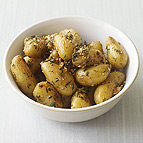 Roasted Fingerling Potatoes with Herbs and Garlic