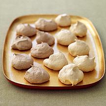 Image of meringue cookies