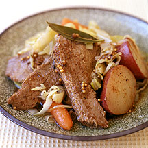 Corned Beef and Cabbage with Red Potatoes