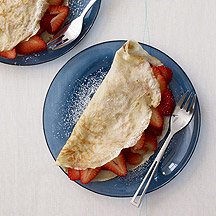Fresh Strawberry Crepes