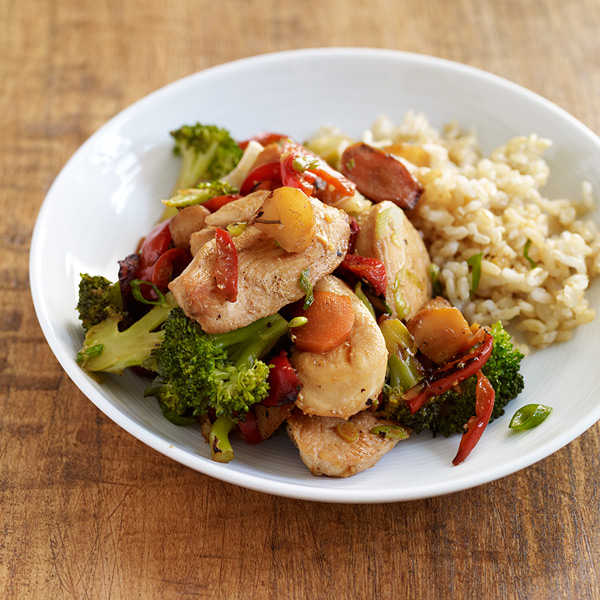 ginger garlic chicken stir fry with rice